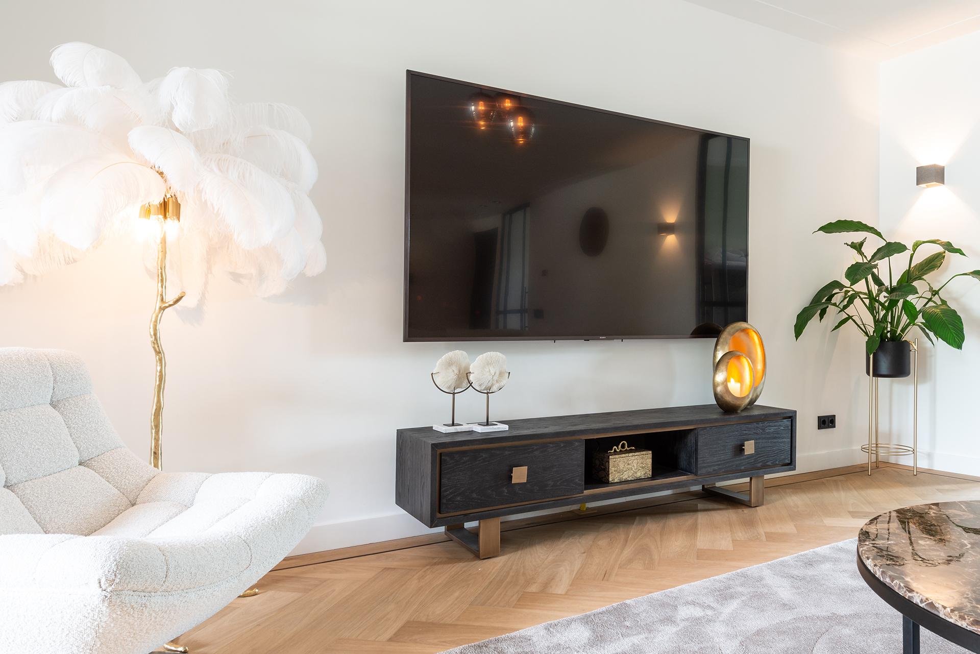 Richmond Interiors | Butter 17 | 1713 GM Obdam | +31 226 451635 | www.richmondnteriors.nl | sales@richmondinteriors.nl